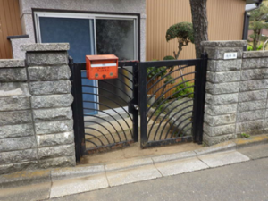 門扉取り替え前