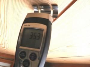 水分計で含水率測定