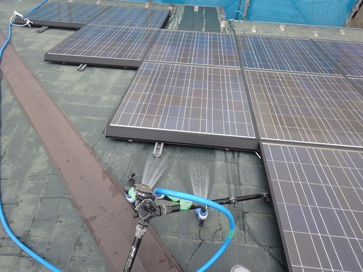 屋根への散水調査