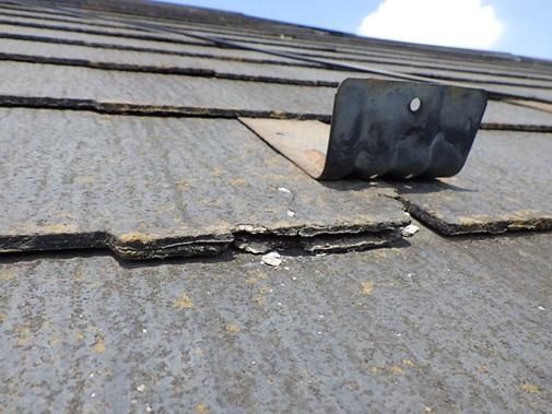 コロニアル屋根の剥離